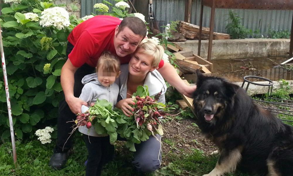 Московский адвокат с женой и маленькой дочерью погибли в утонувшем под Шатурой автомобиле