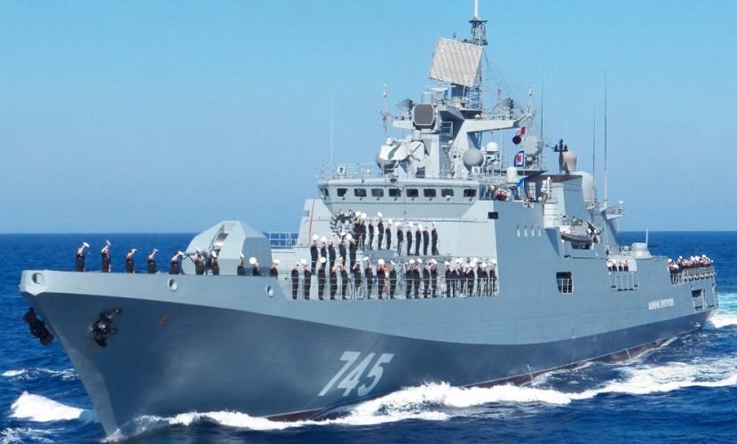 Новейший фрегат ВМФ России «Адмирал Григорович» отправился из Севастополя к берегам Сирии