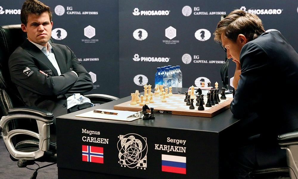 Норвежский чемпион мира по шахматам сбежал с пресс-конференции после победы российского гроссмейстера Карякина