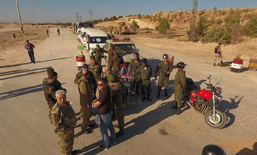 При обстреле гумкоридора вАлеппо пострадали двое русских военных