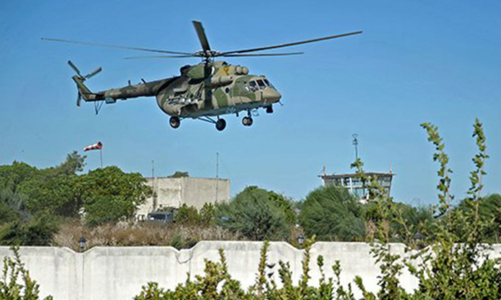 Боевики ИГ обстреляли российский вертолет с гуманитарной помощью возле Пальмиры