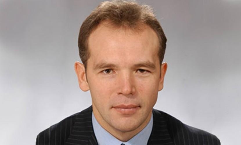 Один изсамых состоятельных депутатов Государственной думы принял решение сдать мандат