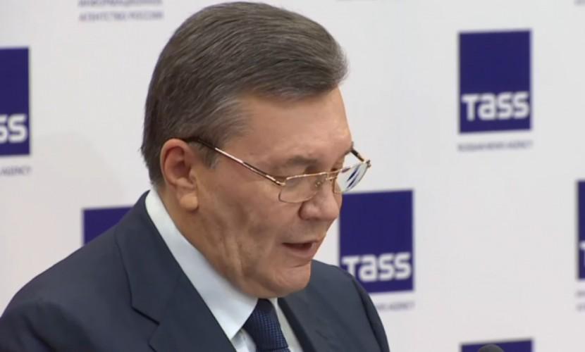 Луценко считает допрос Януковича пиар-акцией про «нелегитимную киевскую хунту»
