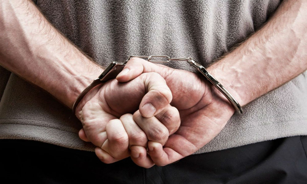 Досрочно освобожденный пермский зек изнасиловал бывшую жену во время встречи с ребенком