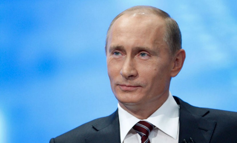 Путин отказался высылать из России американских дипломатов и пригласил их детей на елку в Кремль