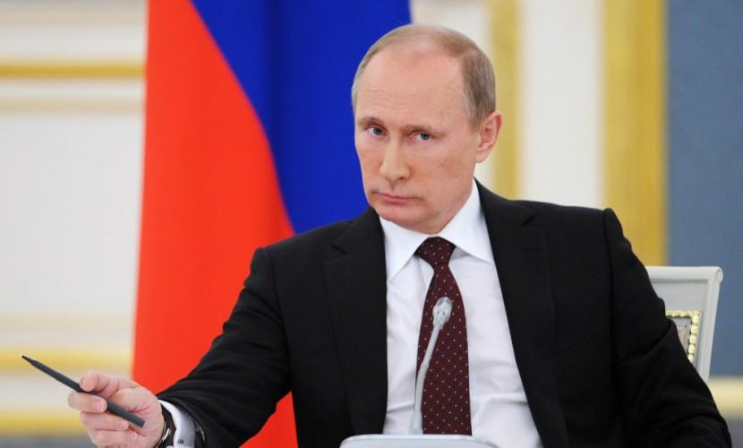 Путин утвердил 3-х летние бюджеты Фонда ОМС иПенсионного фонда