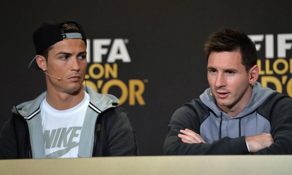 ФИФА назвала трех претендентов на звание лучшего футболиста мира