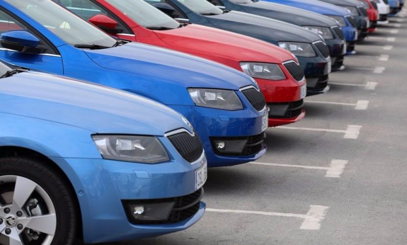 Автомобильный рынок за одиннадцать месяцев 2016 года