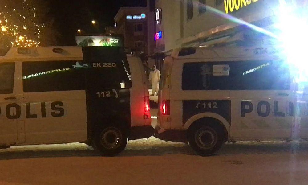 Преступник застрелил из дробовика трех человек в приграничном с Россией финском городе