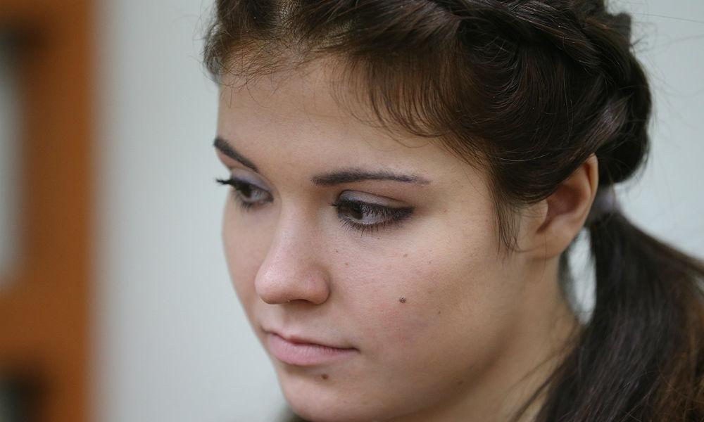Прокурор потребовал для Карауловой пять лет колонии и 150 тысяч рублей штрафа