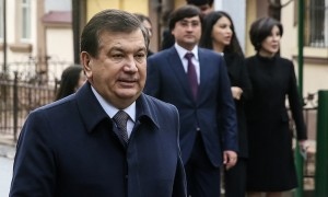 Путин поздравил нового президента Узбекистана и пригласил в Москву