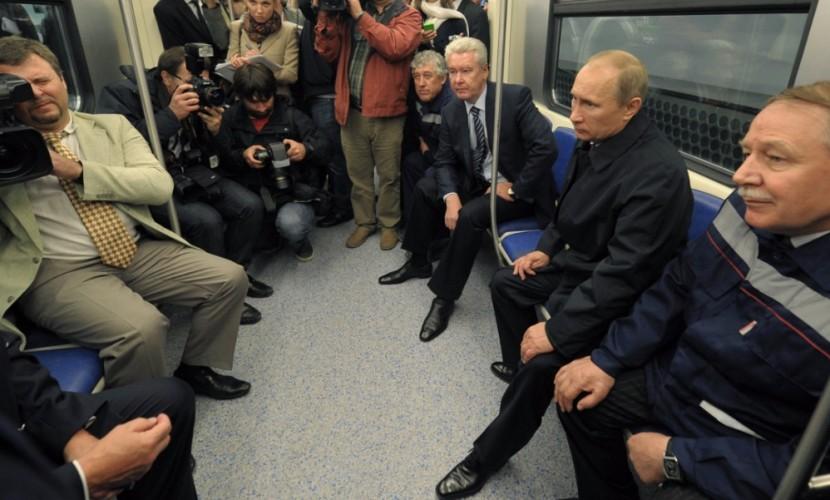 Москвичи услышат вметро поздравление Владимира Путина сНовым годом