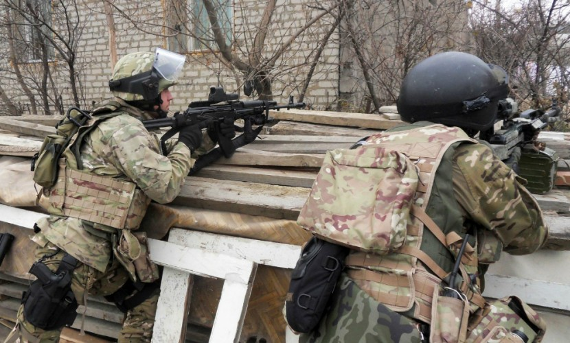 Жертвами боевиков в Чечне стали двое сотрудников МВД России