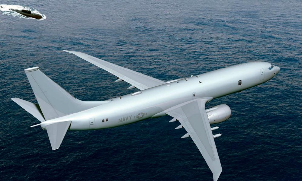 Американский самолет-разведчик пролетел над «Адмиралом Кузнецовым» на опасном расстоянии