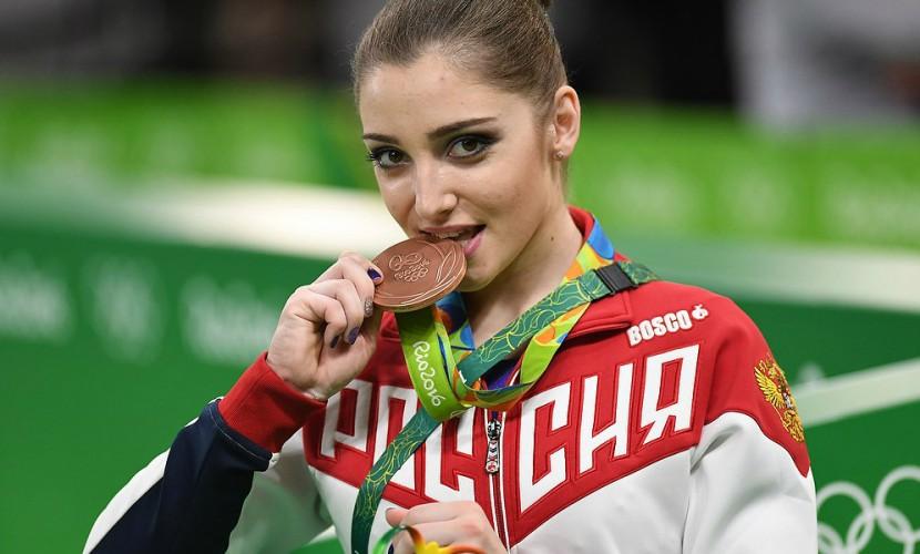 Олимпийская чемпионка Алия Мустафина всередине лета будет мамой