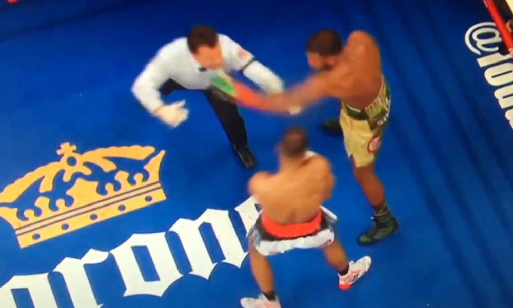 Боксер случайно врезал судье во время поединка