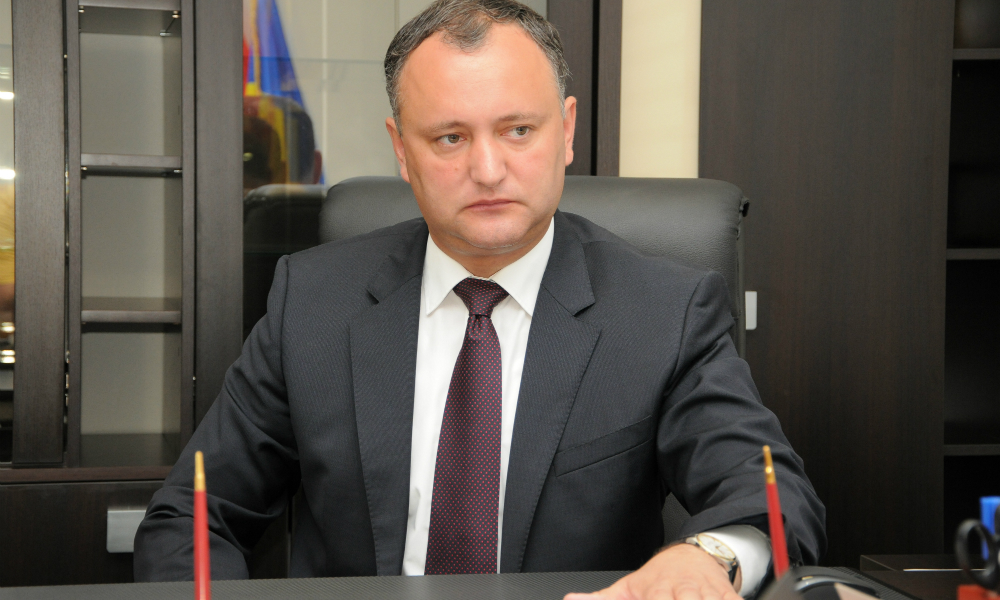 Новый президент Молдавии намерен отменить соглашение об открытии бюро по связям с НАТО