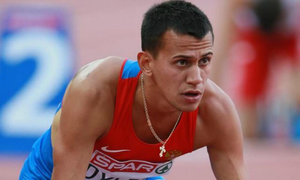 Российский бегун Дылдин отказался отдавать олимпийскую медаль Пекина после перепроверки допинг-проб