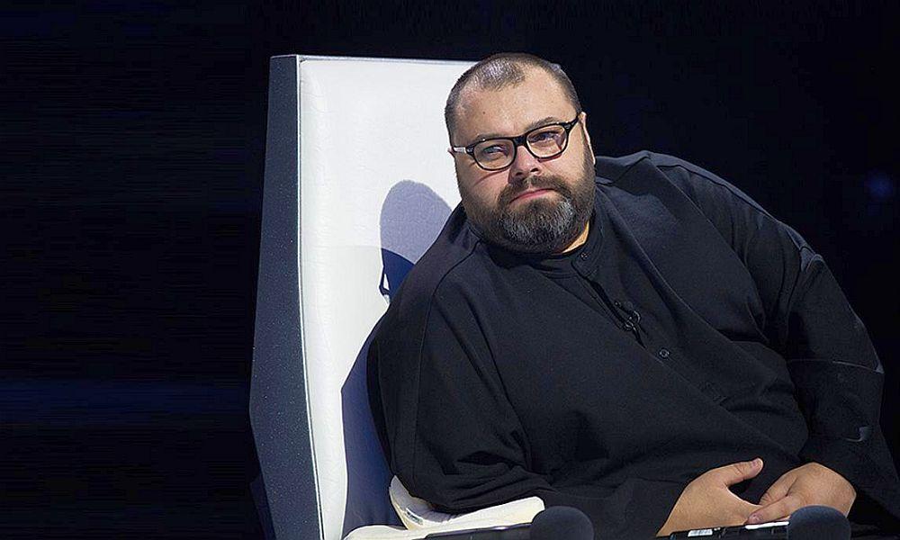 Фадеев сравнил новогоднюю телепрограмму на ведущих российских каналах с
