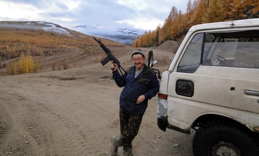 Бизнесмен из сферы ритуальных услуг обстрелял приехавшую к его дому скорую помощь в Якутии