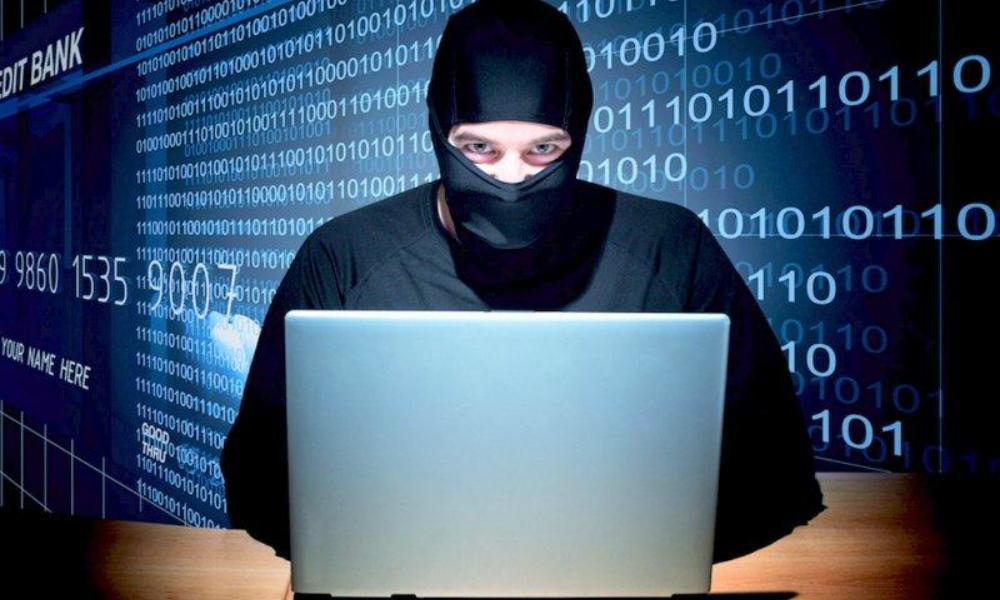 Мошенники обманывают россиян через поддельные сайты банков