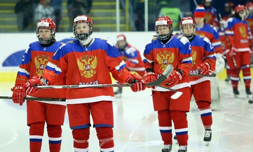 Хоккеистки заставили замолчать освиставших гимн РФ чехов