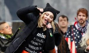 Мадонна обругала Трампа матом и призвала к революции