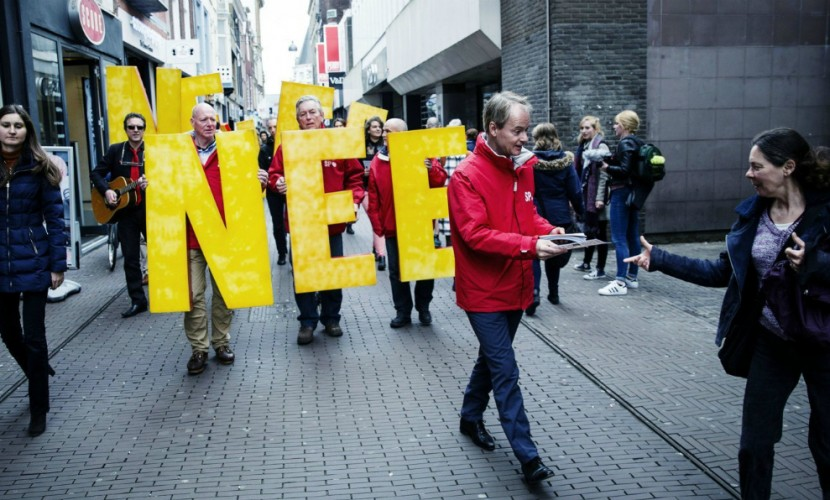 На руководство Нидерландов подали всуд заигнорирование референдума поУкраине