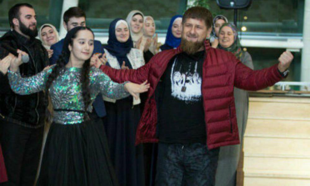 Рамзан Кадыров подарил автомобиль чеченской звезде шоу «Голос. Дети»