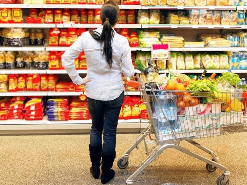 Росстат обнародовал продукты, цены на которые больше всего выросли и снизились в 2016 году