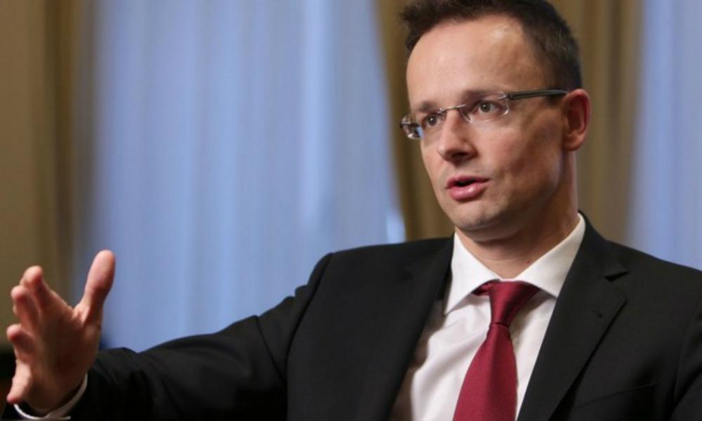 Глава МИД Венгрии выразил надежду на смягчение антироссийских санкций уже в ближайшем будущем