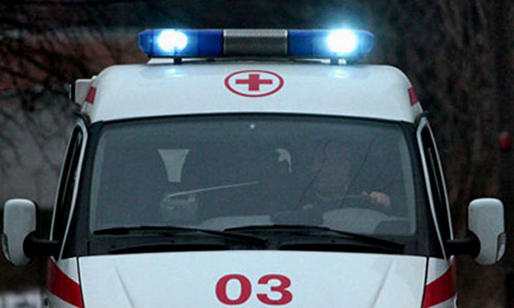 Карета скорой помощи не смогла проехать к умирающему мужчине из-за неадекватной автоледи