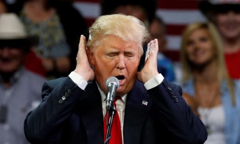 Трампа возмутили слухи о его связях с Россией, и он сравнил США с