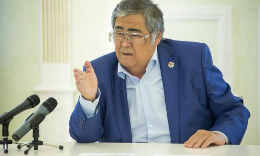 Аман Тулеев призвал власти страны остановить стремительный рост цен набензин