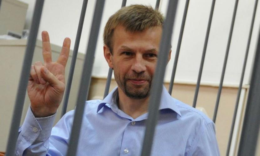 Последними словами экс-мэра Ярославля Урлашова в суде стали стихи о кораблях