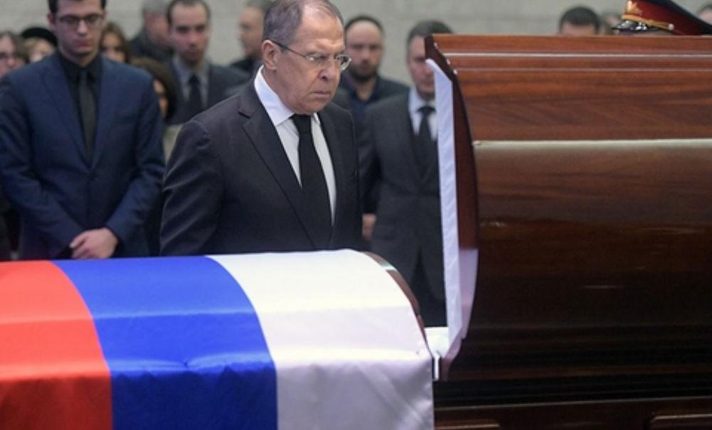 Виталия Чуркина похоронили с воинскими почестями на кладбище в Москве