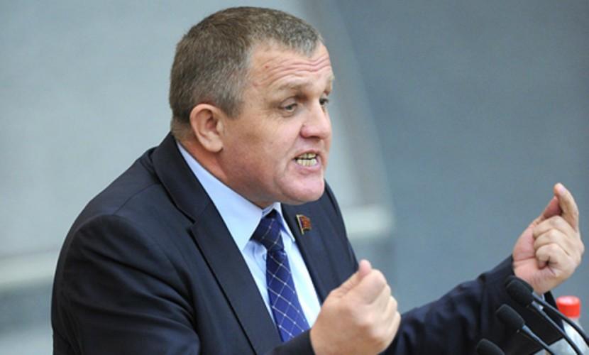 Депутат Государственной думы назвал пленарное совещание «жопочасами»