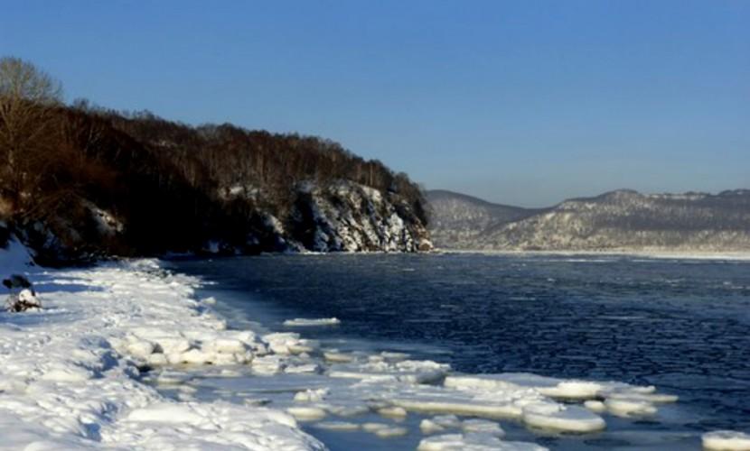 Школьника с Камчатки понесло на льдине в океан