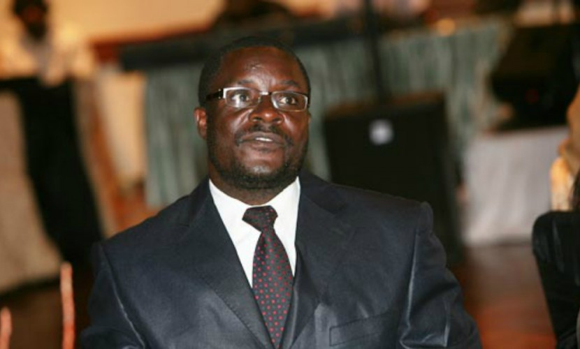 Власти Зимбабве порекомендовали послу США «повеситься набанановом дереве»