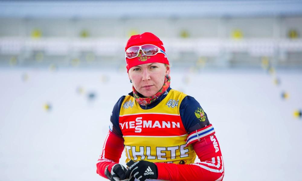 Биатлонистку сборной России Глазырину временно отстранили от соревнований