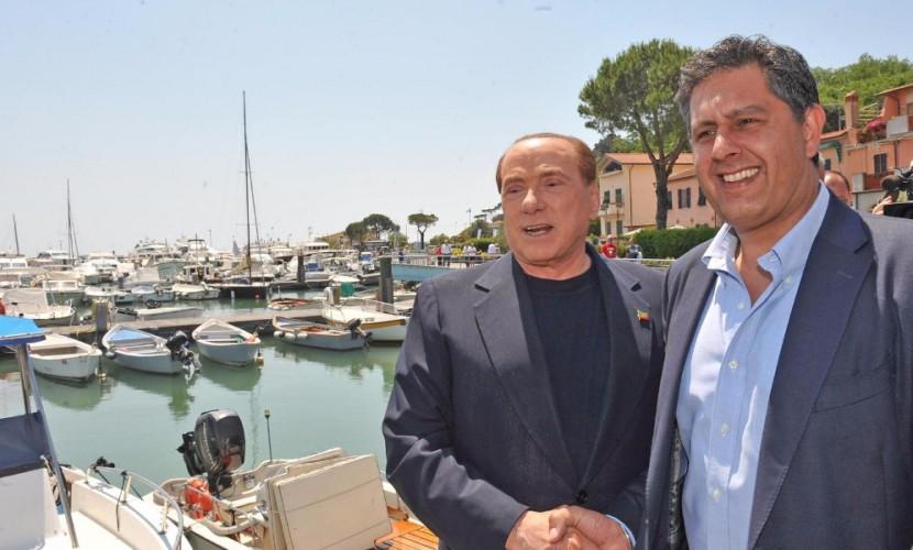 Соратник Берлускони призвал восстановить отношения с Россией и отменить санкции против нее