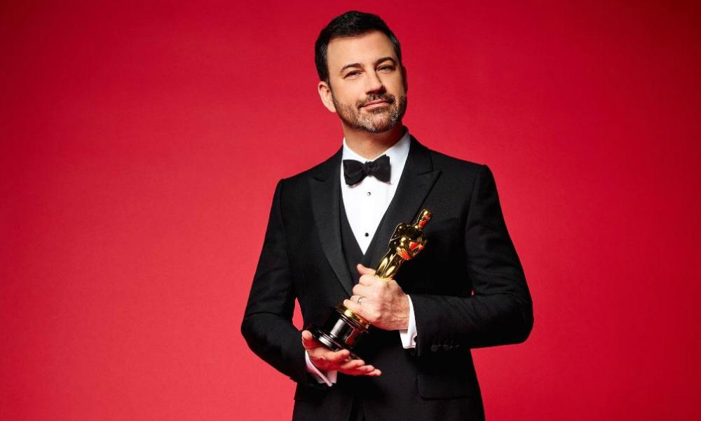 «Привет, вы тут?»: ведущий церемонии «Оскар» во время вручения наград написал Трампу