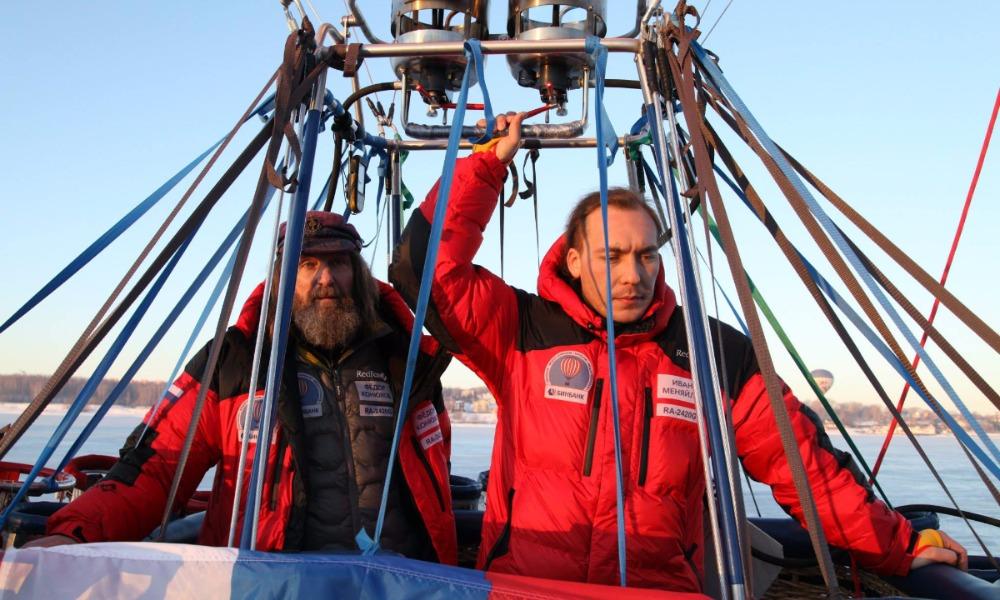 Летящие на воздушном шаре Конюхов с напарником стали новыми мировыми рекордсменами
