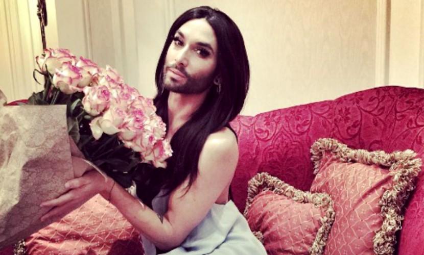«Я должен ее убить»: Том Нойвирт решил отказаться от культового образа бородатой женщины Кончиты Вурст