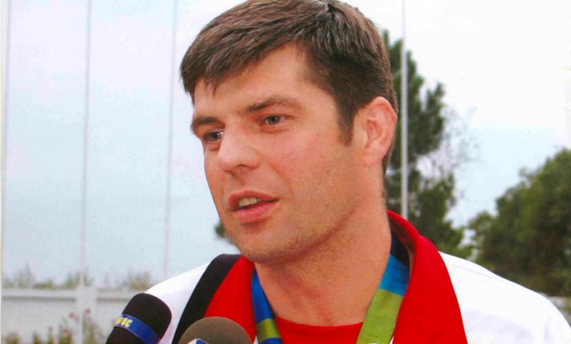 2-кратный олимпийский чемпион погандболу Кудинов скончался на48-м году жизни