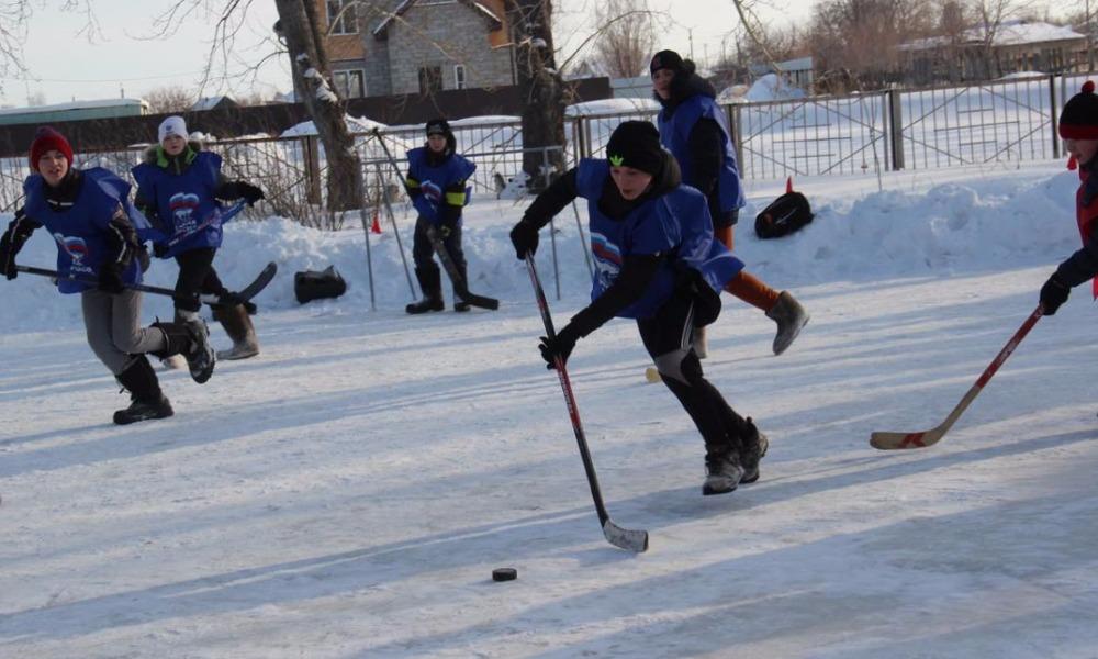 Юным хоккеистам в Магнитогорске
