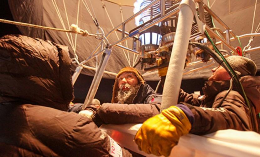 Старт идущего на рекорд воздушного шара Федора Конюхова попал на видео