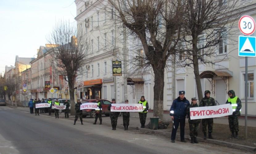 Законопроект об ужесточении наказания за отказ уступить дорогу пешеходам подготовили в Кабмине