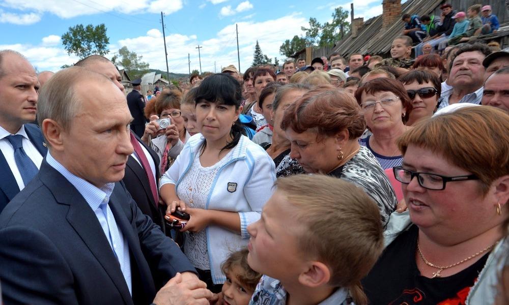 Эпоху правления Путина почти треть россиян назвала лучшим периодом в истории страны