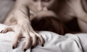 Ученые назвали топ-5 ситуаций, в которых женщина вряд ли сможет отказать мужчине в сексе